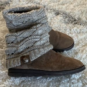 Muk Luks patti sweater ankle boots in size 7